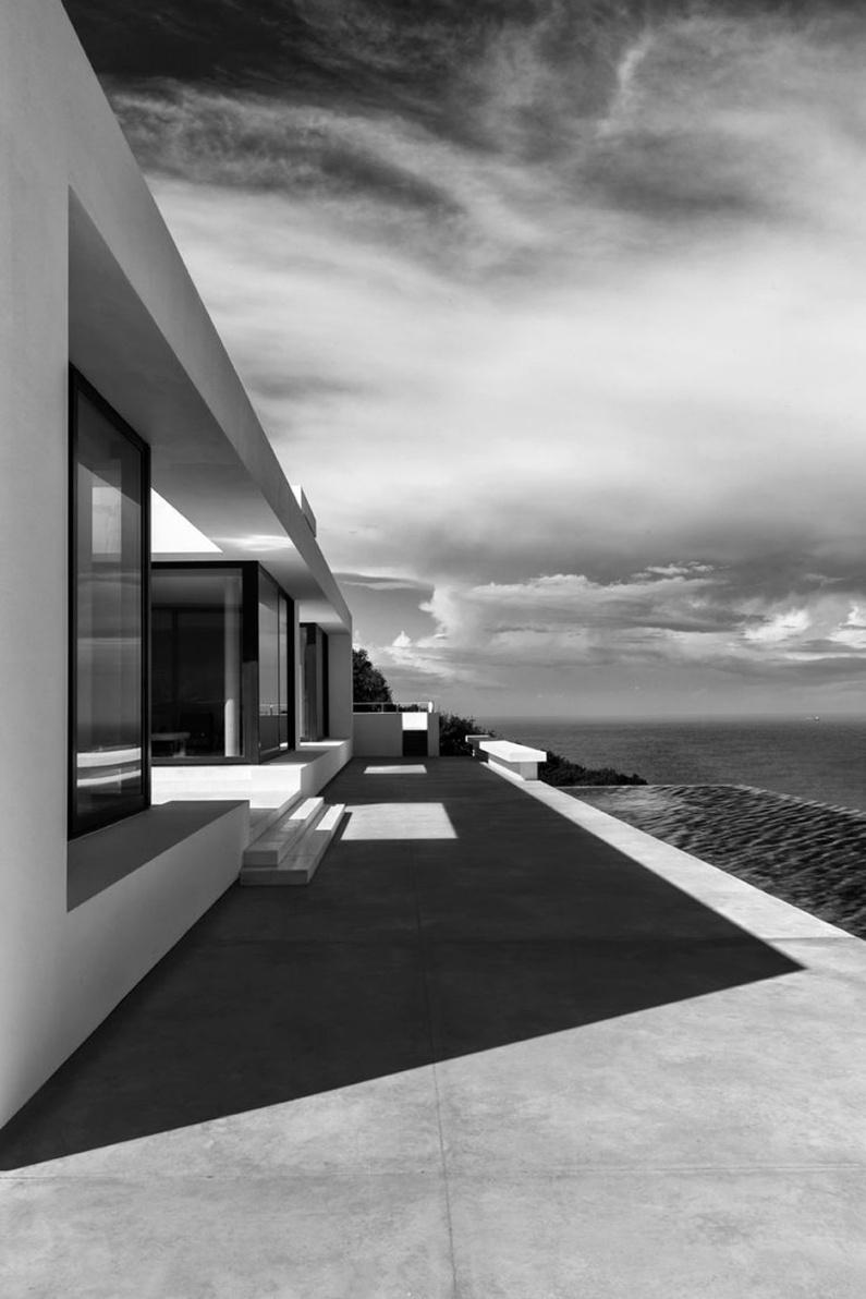 Silver-House_Olivier-Dwek-Architectures_Zakynthos greece 1